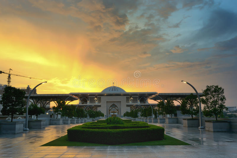 Moskee van Tuanku de mizan zainal abidin mosqueiron stock fotografie