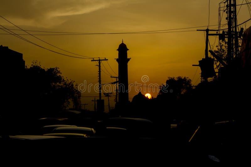 Moskeesilhouet in Lahore, Pakistan stock afbeeldingen