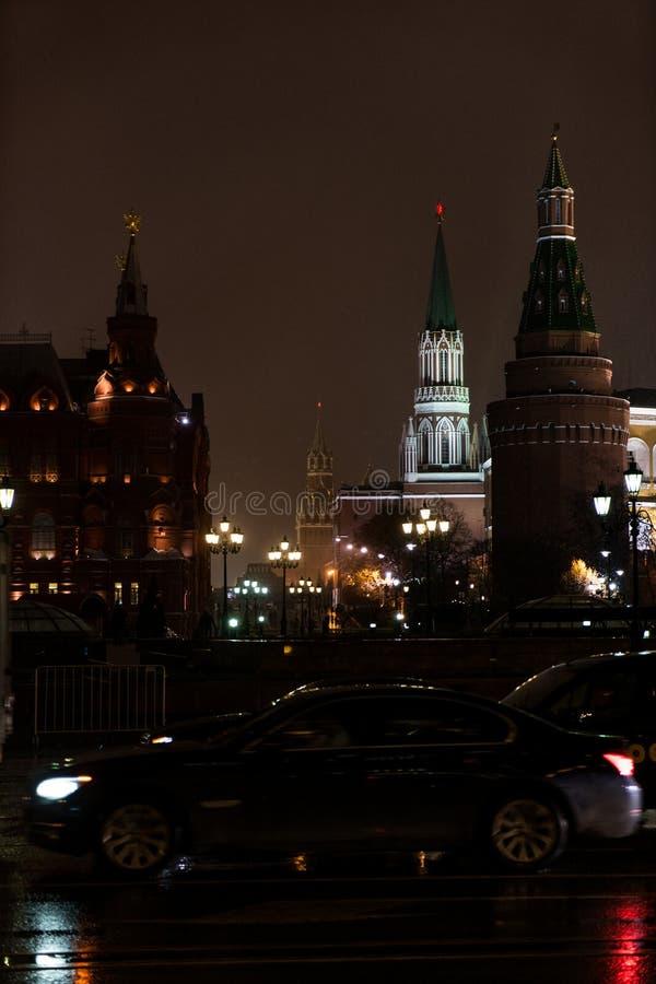 Moskou het Kremlin in de winteravond royalty-vrije stock foto's