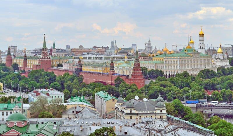 Moskou het Kremlin in Moskou, Rusland, hoogste mening stock foto