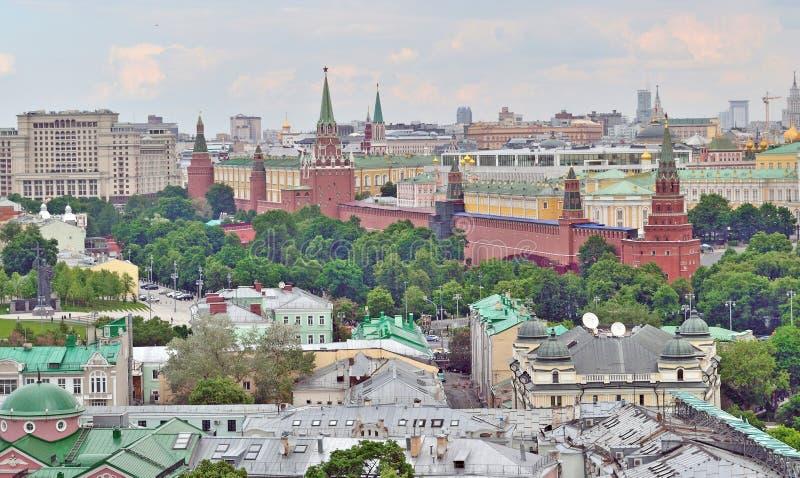 Moskou het Kremlin in Moskou, Rusland, hoogste mening royalty-vrije stock afbeeldingen