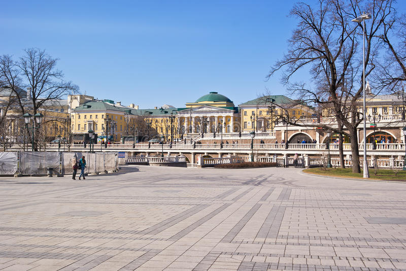 Moskou. Het Vierkant van Alexander Garden en Manezh- stock fotografie