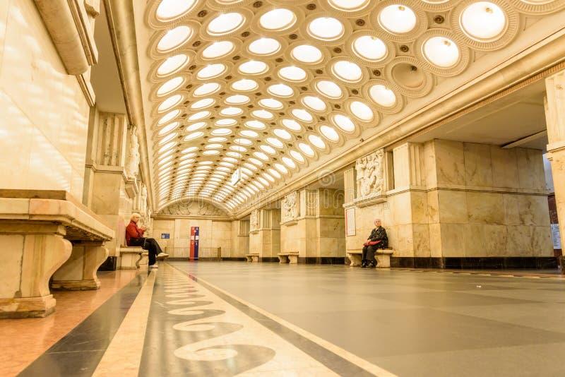 "Moskou, Rusland †""09 Juli, 2017: Binnenland van Elektrozavodskaya stock afbeeldingen"