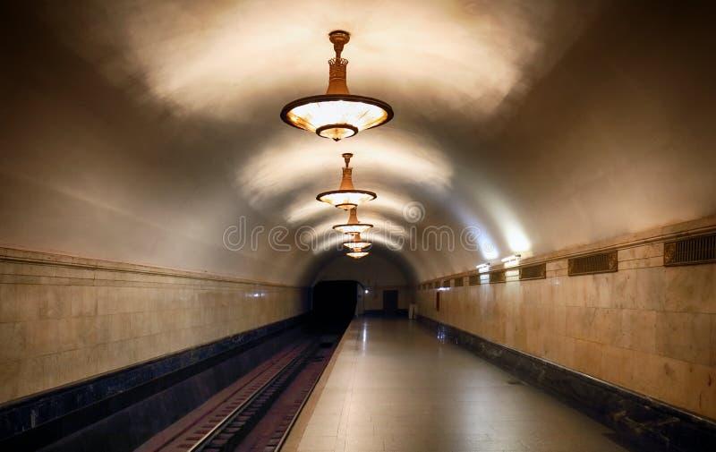 MOSKOU, RUSLAND - AUGUSTUS 4, 2018: Metro post Novoslobodskaya O stock afbeelding