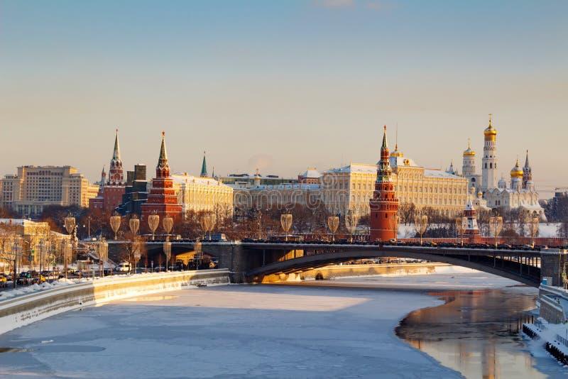 Moskou, Rusland - Februari 01, 2018: Moskou het Kremlin op een zonnige de winterochtend De winter van Moskou royalty-vrije stock afbeeldingen