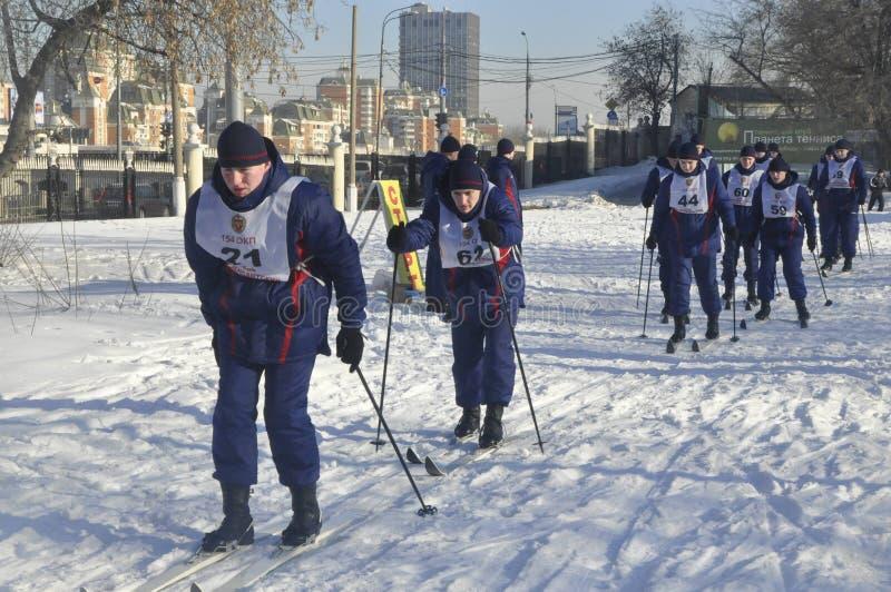 Moskou, Rusland, Januari 2, 2019, sporten en massagebeurtenissen in het 154 afzonderlijk Regiment van Commandantenpreobrazhensky, royalty-vrije stock foto's