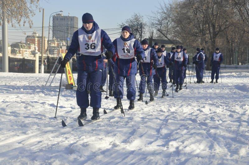 Moskou, Rusland, Januari 2, 2019, sporten en massagebeurtenissen in het 154 afzonderlijk Regiment van Commandantenpreobrazhensky, royalty-vrije stock afbeeldingen