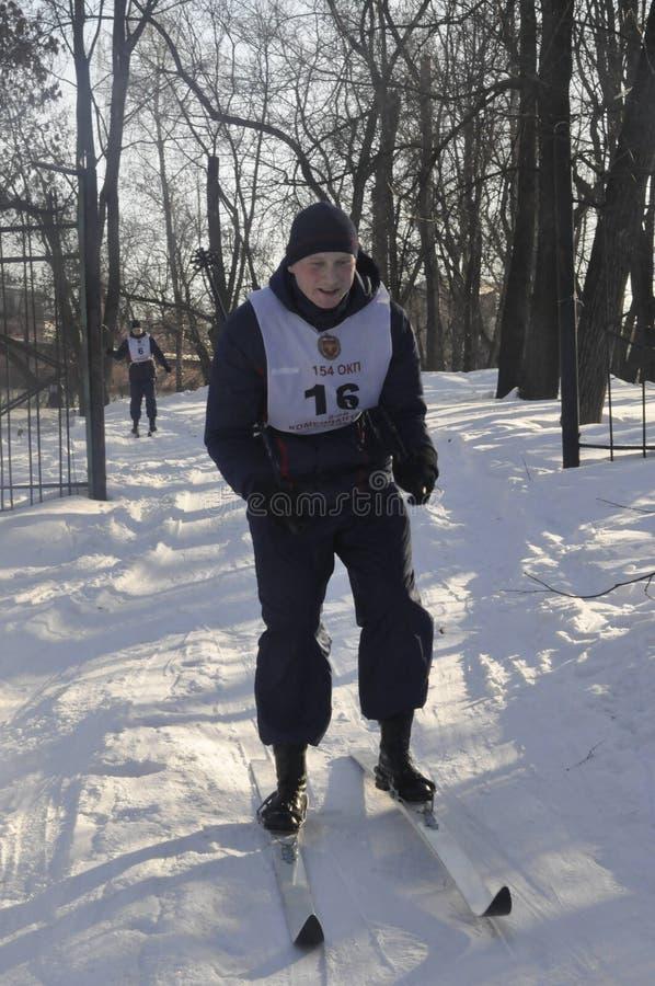 Moskou, Rusland, Januari 2, 2019, sporten en massagebeurtenissen in het 154 afzonderlijk Regiment van Commandantenpreobrazhensky, stock afbeelding