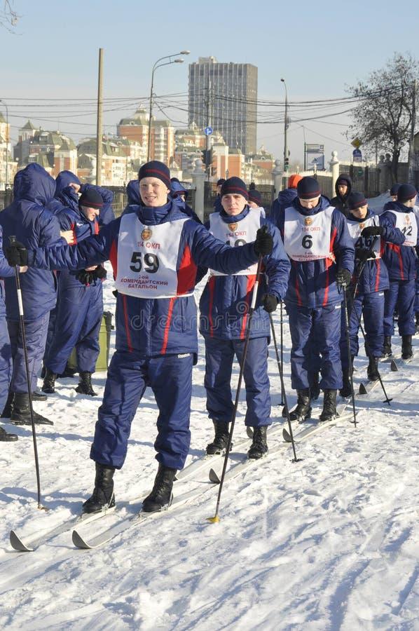 Moskou, Rusland, Januari 2, 2019, sporten en massagebeurtenissen in het 154 afzonderlijk Regiment van Commandantenpreobrazhensky, stock fotografie