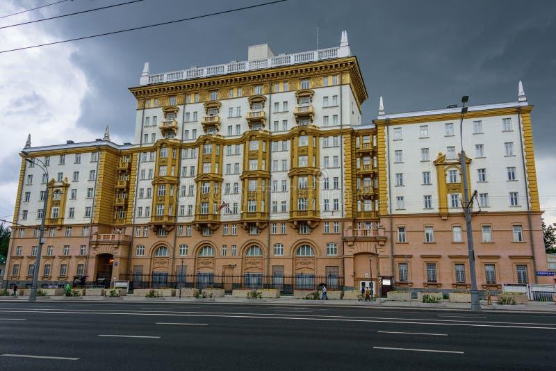 MOSKOU, RUSLAND - JULI 30, 2017: De Ambassade van de Verenigde Staten van Amerika, de diplomatieke opdracht van de V.S. royalty-vrije stock foto's