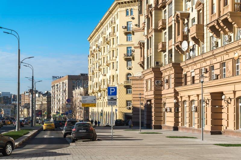 Moskou, Rusland - November 2 2017 Malaya Sukharevskaya - een deel van Tuinring royalty-vrije stock afbeeldingen