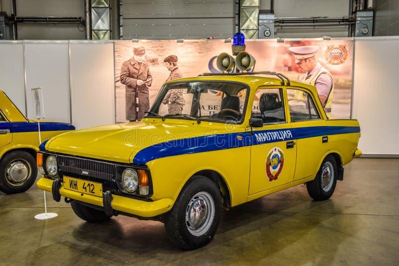 MOSKVA - AUGUSTI 2016: Polisen GAI som för milis IZH-412 framläggas på MIAS Moscow International Automobile Salon på Augusti 20,  arkivfoton