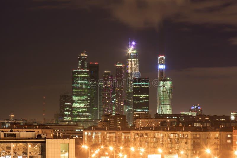 Moskva i aftonen arkivfoton
