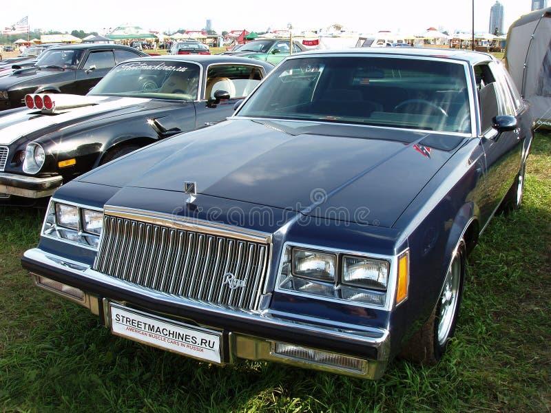 MOSKVA RYSSLAND - Juli 15, 2008: Autoexotic för Buick Regal utställning` 2008 `, royaltyfri foto