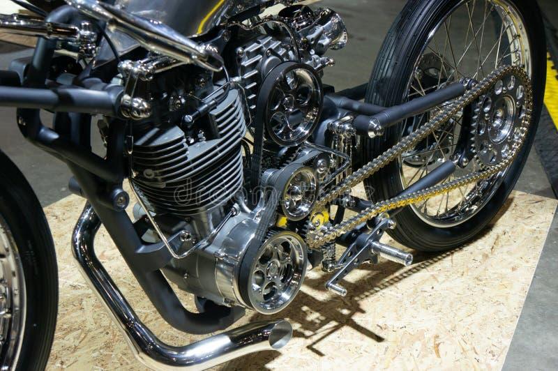Moskva Ryssland - mars 17, 2018: Motocycleutställningskorridoren också som är bekant som Motovesna arkivbilder