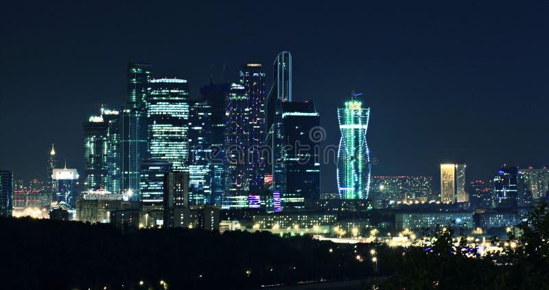 Moskva-stad nattlandskap royaltyfri bild