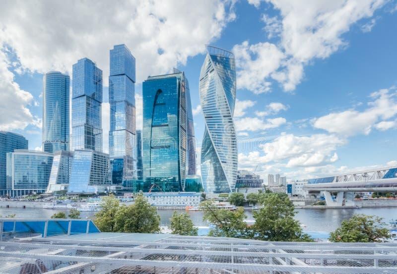Moskvastad på en varm sommardag royaltyfri fotografi