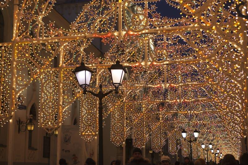 Moskwa dekorował tunel dla nowego roku i bożych narodzeń zdjęcie stock