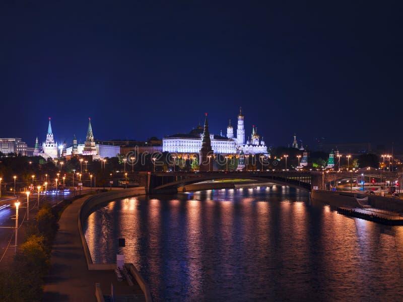 Moskwa Kremlin przy nocą, Rosja obraz royalty free