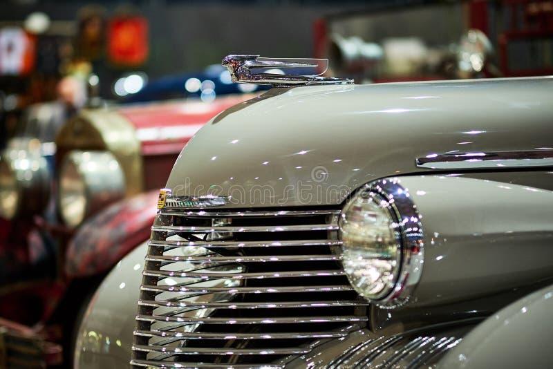 MOSKWA, MAR - 09, 2018: Cadillac Fleetwood kabriolet 1940 przy obrazy stock