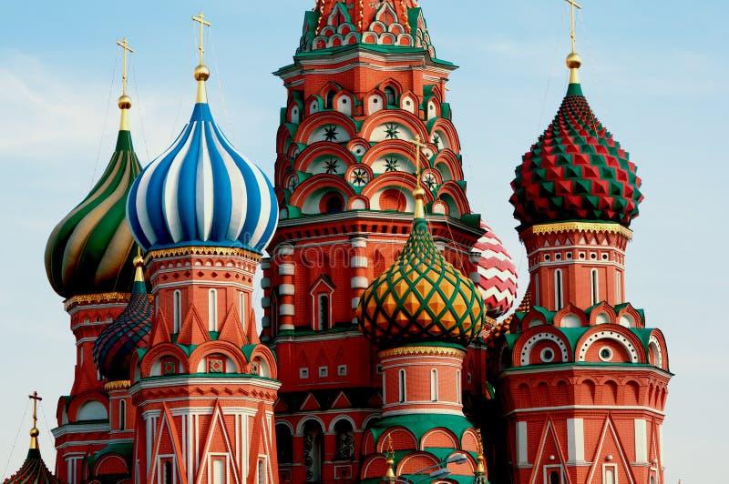 Moskwa. Plac Czerwony. Świątobliwa basil katedra. fotografia royalty free