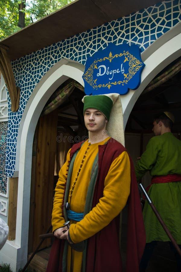 Moskwa Rosja, Czerwiec, - 2019: Dziejowi festiwali/lów czasy, epoki i Odbudowa życie i wojny obraz royalty free