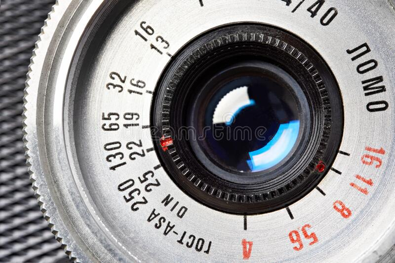 Moskwa, ROSJA - 13 KWIETNIA 2020: Smena 8M - rosyjski vintage 35 mm dalmierz LOMO 1970 fotografia royalty free