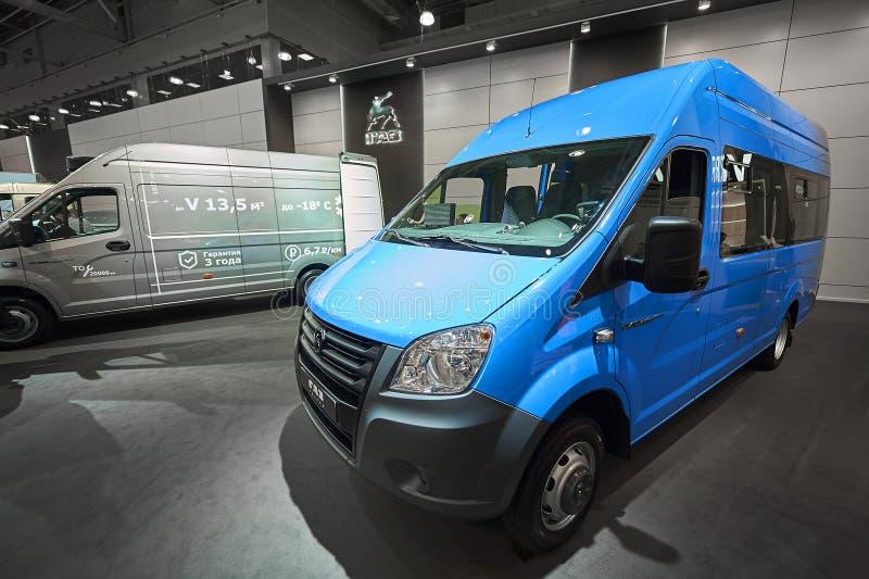MOSKWA, SEP, 5, 2017: Widok na mini autobusowej furgonetce GAZ dla ludzi i ładunku transportu Sławny Rosyjski samochodu wytwórcy  obraz royalty free