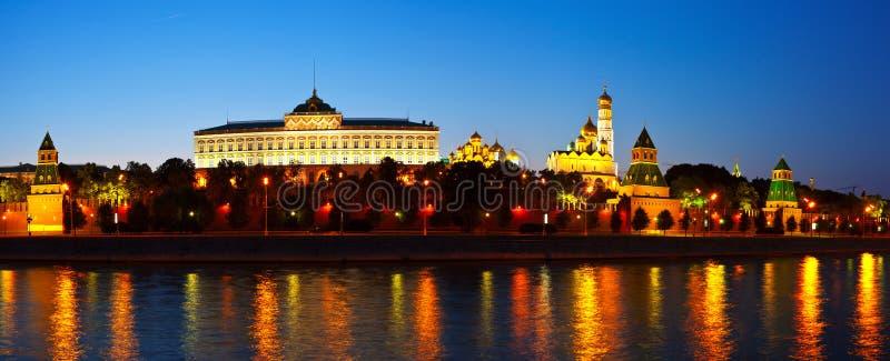 Moskwa w lato noc Kremlin Rosja fotografia stock
