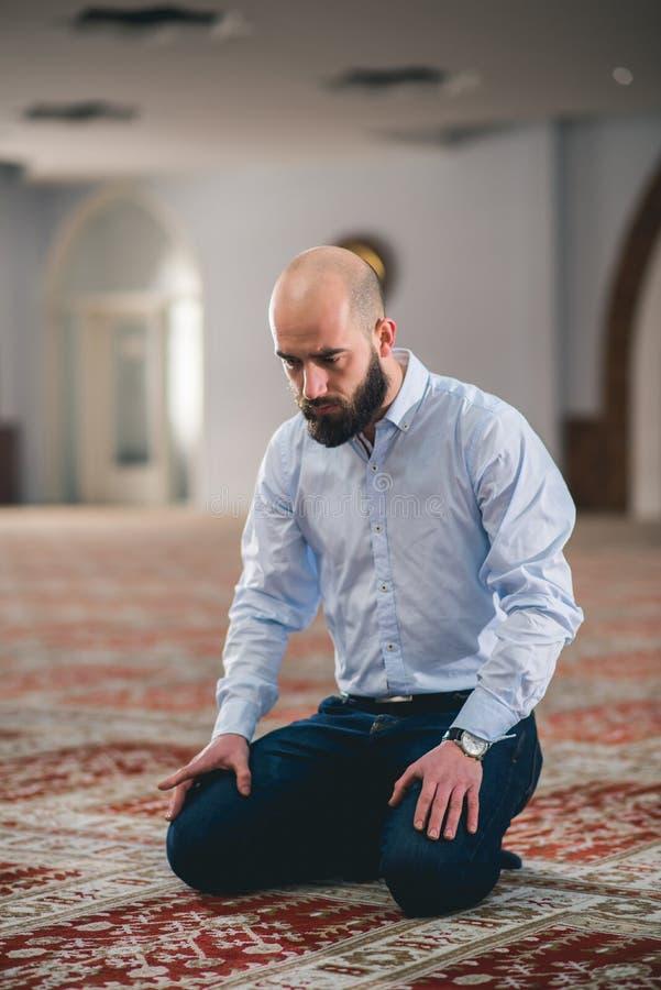 Moslemisches Beten stockfoto
