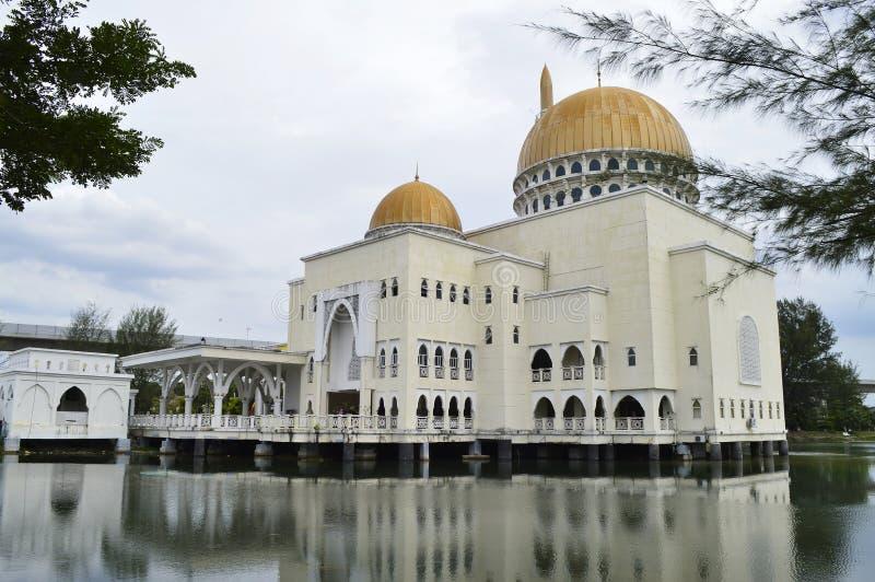 Mosquée As-Salam située à Puchong Perdana, Selangor, Malaisie photo libre de droits