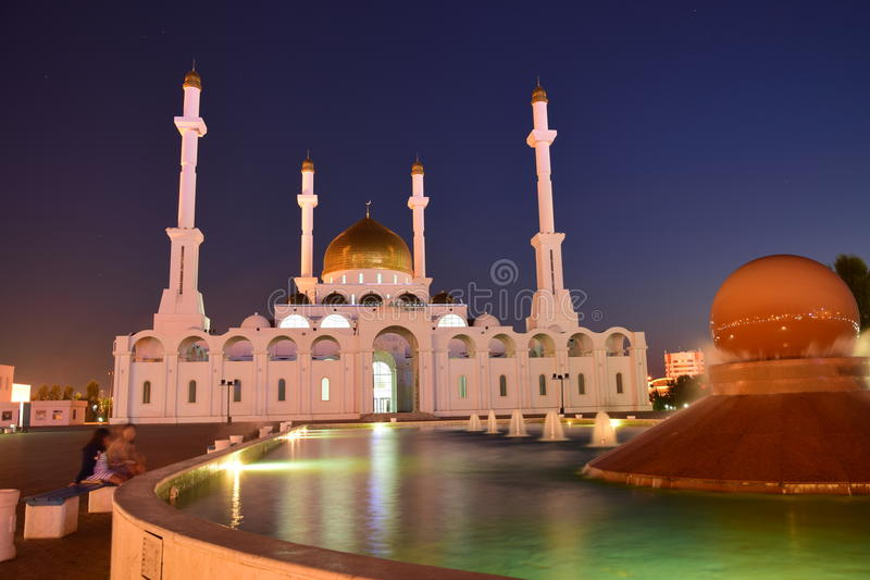 Mosquée de Nur-Astana à Astana/Kazakhstan images stock