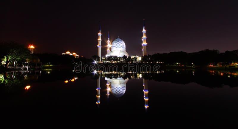 Mosquée de ville de Shah Alam photographie stock