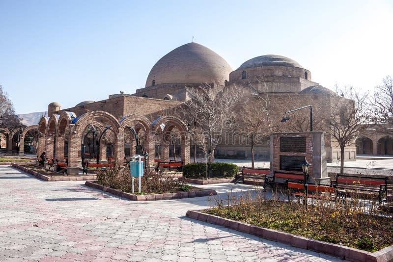 Mosquée et parc bleus de Khaqani images libres de droits
