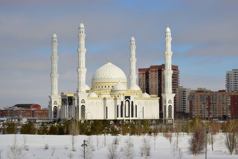 Mosquée neuve à Astana photographie stock