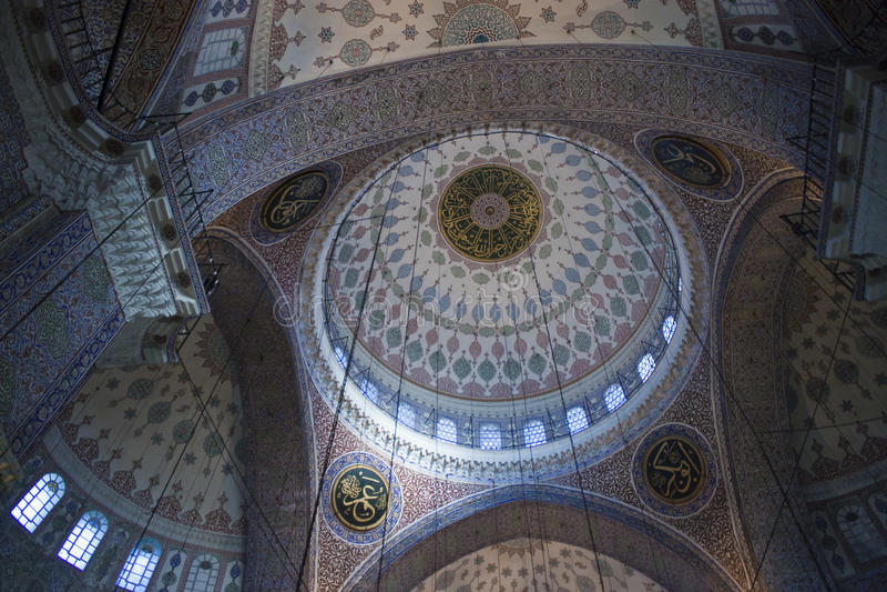Mosquée neuve à Istanbul photo stock