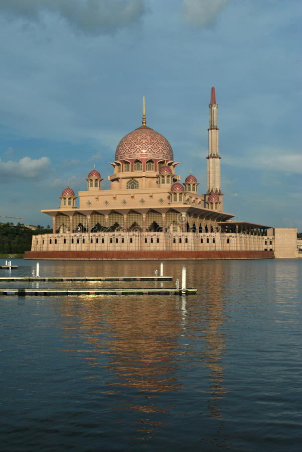 Mosquée Putrajaya de Putra photographie stock libre de droits