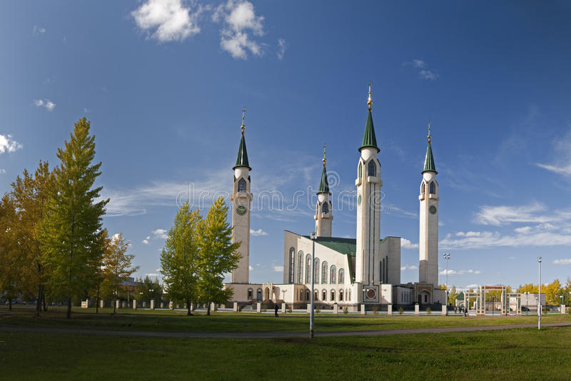 Download Mosque in the autumn editorial photo. Image of architecture - 11556946