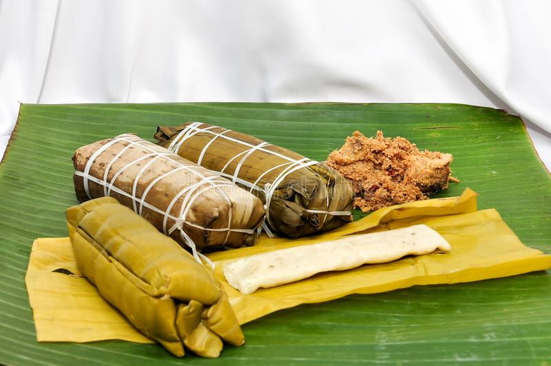 & x22;Burasa n rendang& x22; the most popular traditional food from etnic bugis stock photography