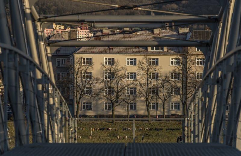 Most i domy w Usti nad Labem zdjęcia royalty free