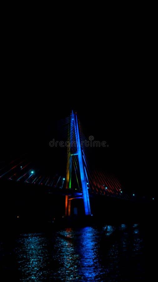 Most Mahkota w nocy zdjęcie royalty free
