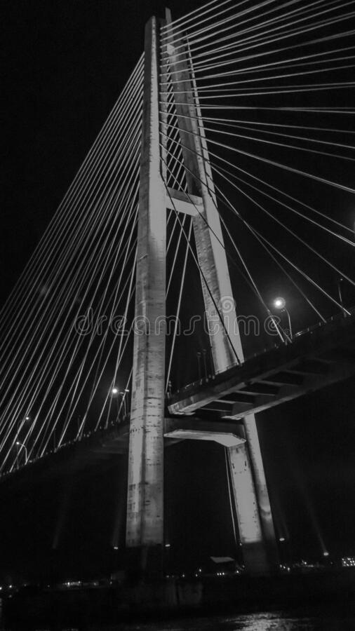 Most Mahkota w nocy fotografia stock