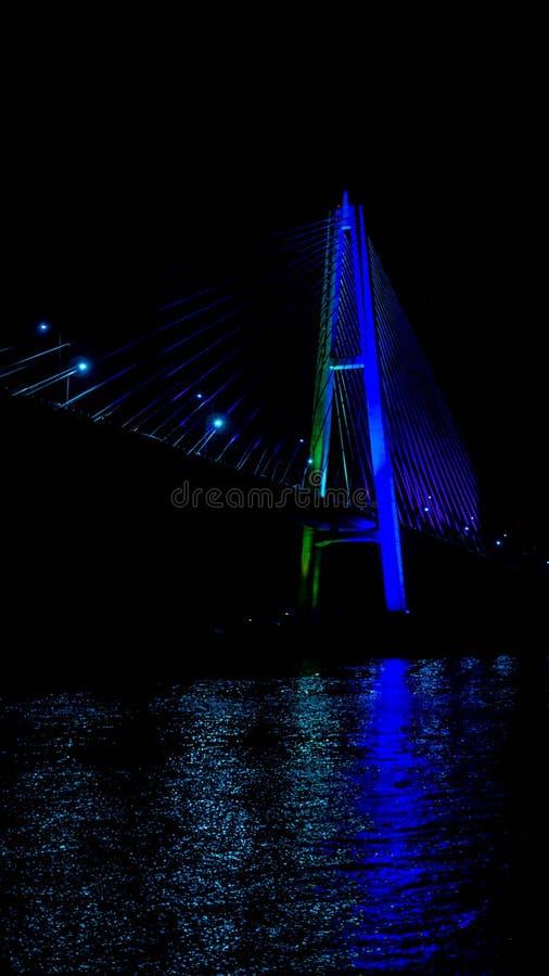 Most Mahkota w nocy zdjęcia royalty free