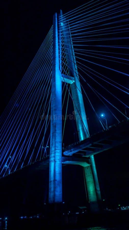 Most Mahkota w nocy obraz royalty free