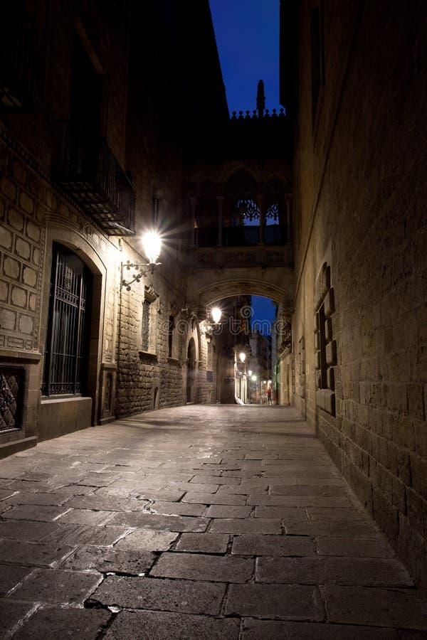 Most Między budynkami w Barri Gotic ćwiartce, Barcelona fotografia royalty free