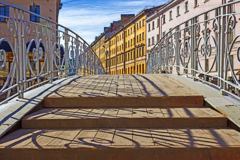 Most na kanale Griboedov w St Petersburg zdjęcie royalty free