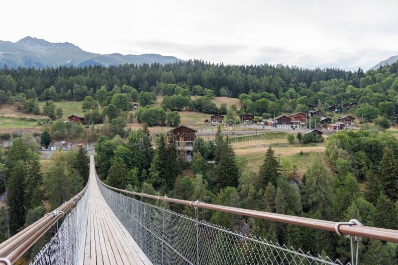 Most nad doliną zdjęcia stock