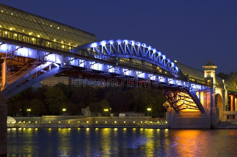 most nad rzeką zdjęcie stock