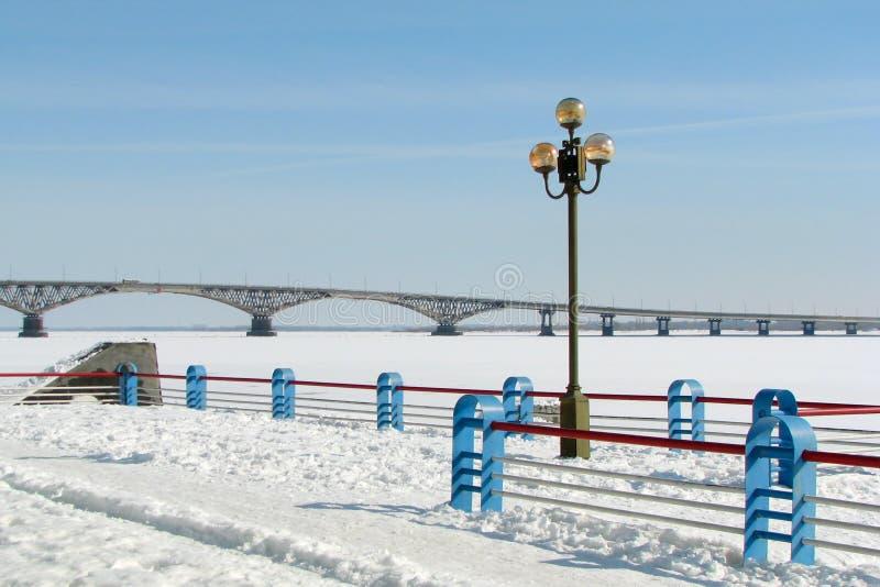 most nad winter river fotografia stock