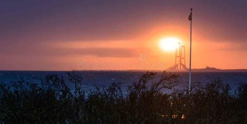 Most przy wschodem słońca - Wielki pasek, Dani obrazy stock